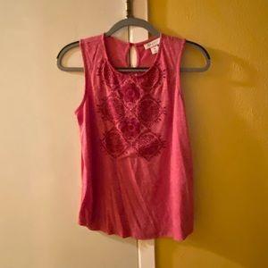 Dark pink sleeveless top in PM